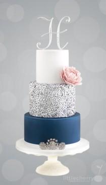 wedding photo - Silver Sequin Cake