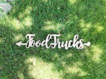 wedding photo - 9 in-depth tips for planning your food truck wedding