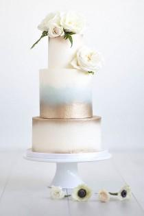 wedding photo - 18 Simple Romantic Wedding Cakes