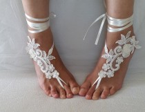 wedding photo - bridal accessories,ivory, lace, wedding sandals, shoes, free shipping! Anklet, bridal sandals, bridesmaids, wedding gifts.......