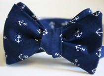 wedding photo - Anchors Away Navy Mens Bow Tie