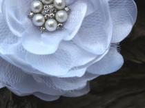 wedding photo - White Flower Brooch or Hair Clip