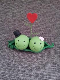wedding photo - Wedding Cake Topper - Mr & Mrs Pea <3 **FREE SHIPPING**