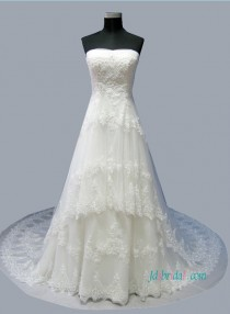 wedding photo - Latest Princess tiered tulle lace a line wedding dress