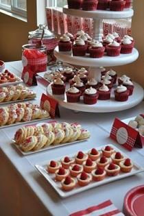 wedding photo - Red Velvet Desserts