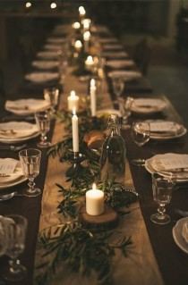 wedding photo - 5 Simple Table Settings Using Greens & Candles