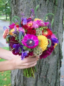 wedding photo - Bridal Bouquet Gone WILD!! Who Says Fall Colors Are Drab...