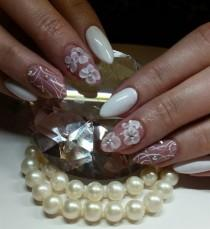 wedding photo - Day 156: Bridal Pearls Nail Art