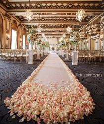 wedding photo - Aisle Style
