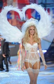 wedding photo - 2012 Victoria's Secret Fashion Show - Runway