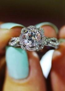 wedding photo - Diamond Cut Round Vintage Wedding Engagement Rings