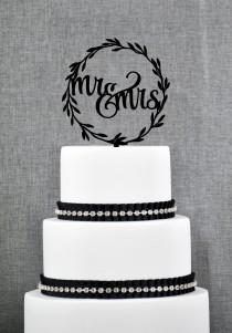 wedding photo - Rustic Wedding Cake Toppers, Rustic Mr and Mrs Topper, Laurel wedding cake topper with Mr and Mrs with Choice of Color and Glitter (S280)