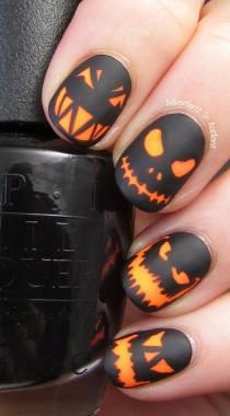 wedding photo - 65 Halloween Nail Art Ideas