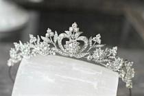 wedding photo - Swarovski Crystal Bridal Tiara