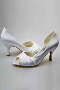 wedding photo - Simple Elegant Comfortable Peep Toe Handmade Wedding Shoes S72