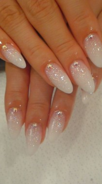 wedding photo - White Nails And Artistic Nail Styles 33