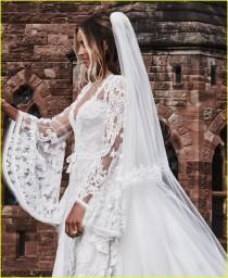 wedding photo - Classic Wedding Gown