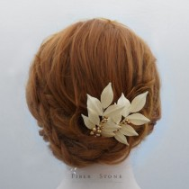 wedding photo - Swarovski Pearl Bridal Hair Piece, Bridal Updo Hairpiece, Fall Wedding Head Piece, Leaf Bridal Head Piece,Bridal Hair Accessory leaf Autumn