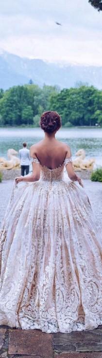 wedding photo - Очаровательный Наряд