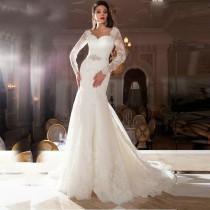 wedding photo - Lace Backless Wedding Dress