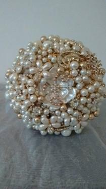 wedding photo - Stunning Ivory and Gold Pearl and Brooch Bouquet. Bridal Bouquet.