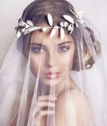 wedding photo - Bridal Leaf Crown