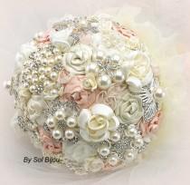 wedding photo - Blush Brooch Bouquet, Cream, Ivory, Vintage Wedding, Gatsby, Elegant Wedding, Bridal Bouquqet, Jeweled, Pearls, Crystals, Lace Bouquet