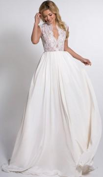 wedding photo - Beautiful Wedding Gown