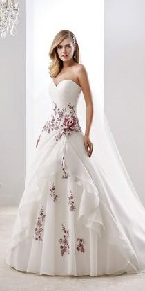 wedding photo - 24 Gorgeous Floral Applique Wedding Dresses - Trend For 2016
