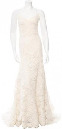 wedding photo - Oscar de la Renta Sleeveless Lace Wedding Gown
