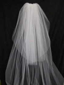 wedding photo - Wedding veil w/ 30 in blusher/top tier chapel veil, floor length veil, waltz length veil, classic, sheer, plain, bridal veil, cathedral veil