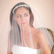 wedding photo - Drop Veil, Bridal Veil, Fingertip Veil, Waltz Veil, Chapel Veil, Weddings, Accessories, Veils, Style No. 4127
