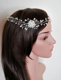 wedding photo - Hair vine, bohemian forehead band, Forehead wine, bridal halo, diamond pearl, wedding hair accessory, 20s, Boho chic, dainty, Bridal crown