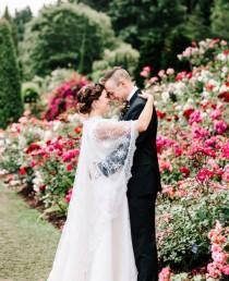 wedding photo - Lush Floral Inspired Wedding In Oregon - Weddingomania