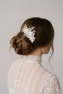 wedding photo - Wedding Hair Comb,Bridal Hair Comb,Crystal Bridal Comb,Silver Wedding Hair Comb,Wedding Hair Accessory,Bridal Headpiece,Pearls Comb-MARGO