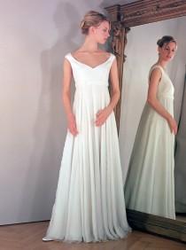 wedding photo - Maternity wedding dress for pregnant bride