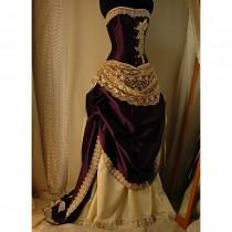 Wedding dresses 12 weddbook for Steel boned corset wedding dress