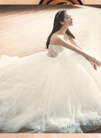 wedding photo - Sexy illusion beading bodice with tulle bottom princess wedding dress