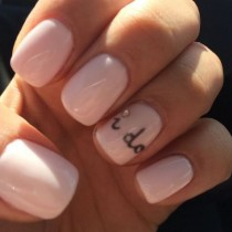 wedding photo - 14 Wedding Manicure Accents That Will Add The Touch Of Whimsy Missing On Your Big Day