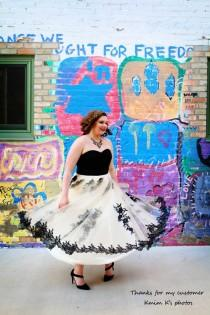wedding photo - Plus Size Wedding Dress Ivory Embroidery Tutu Lace Over-sized Prom Dress Wedding Dress. Vintage-style Plus Size Dress and any color.