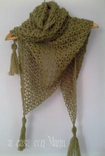 wedding photo - Caldo scialle in lana, warm shawl in wool, dark green,  shawl, crocheted shawl, handmade, made in Italy