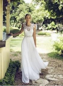 wedding photo - A-Line/Princess Scoop Neck Floor-Length Chiffon Wedding Dress With Lace Beading