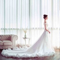wedding photo - Boat Neck V-neck Princess Wedding Dress