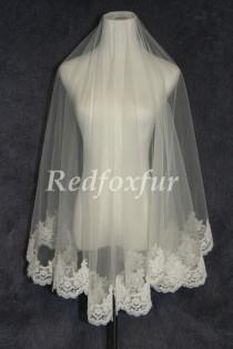 wedding photo - White or ivory Bridal Veil 1T Lace edge veil Alencon lace veil 1.5m Chapel veil Wedding dress veil Wedding Accessories No comb