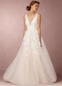 wedding photo - A-Line/Princess V-neck Floor-Length Tulle Wedding Dress With Beading Appliques Lace Sequins