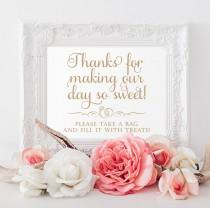 wedding photo - Candy Bar Sign