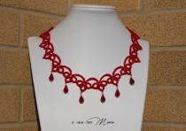 wedding photo - Collana rossa pizzo chiacchierino, red lace necklace tatting, frivolite bijoux, tatting necklace, per lei, regalo di Natale, made in Italy