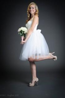 wedding photo - White Tulle Tutu Knee Length Wedding Skirt Sash Short Modern Bride's Dress