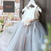 wedding photo - Flower girl dresses Lace girl dresses Flower girl dress Midi knee length lace dresses High quality wedding birthday dress Age 3mnt 12years