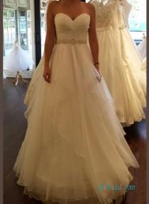 wedding photo - Beautiful sweetheart flowy a line wedding dress